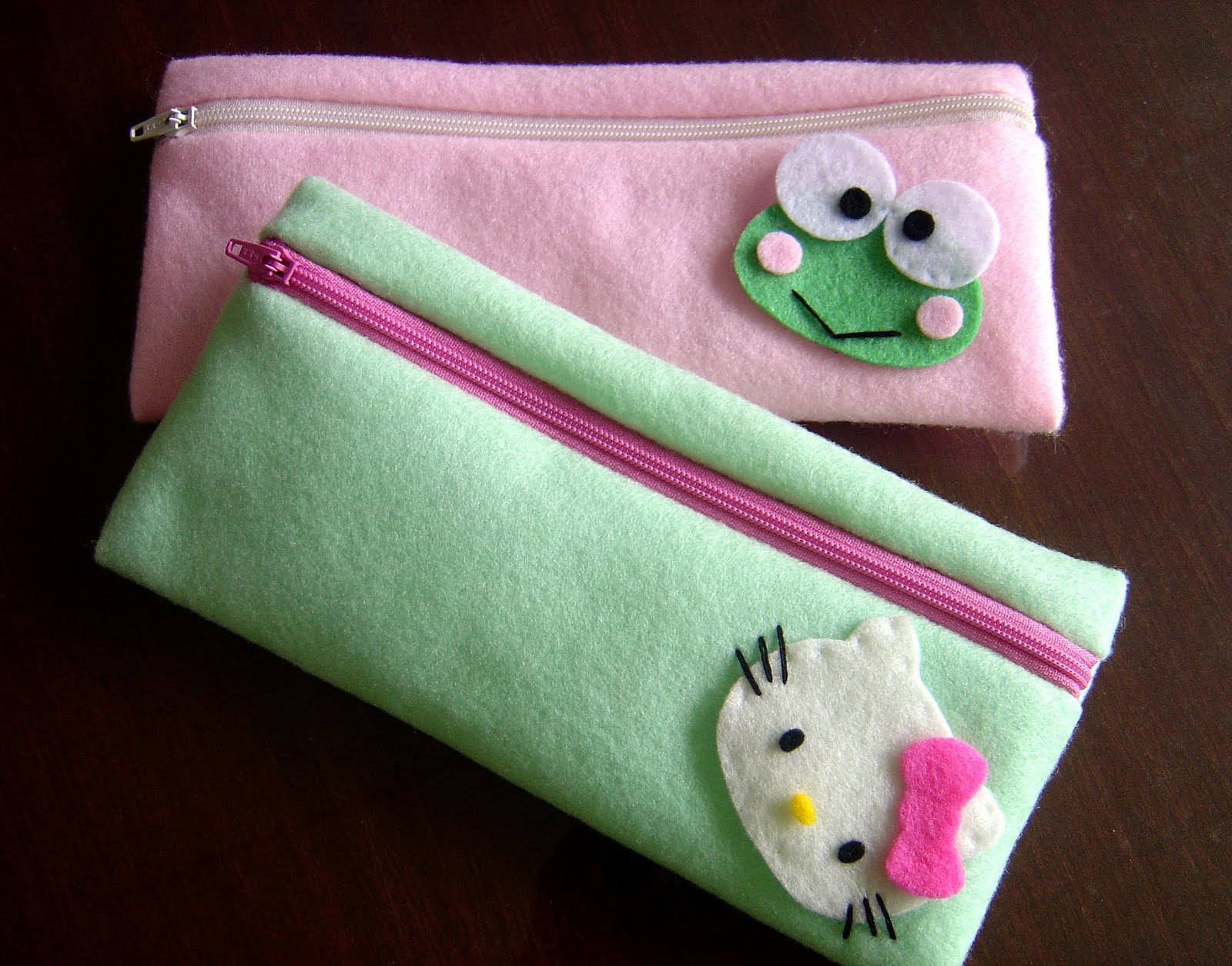 Pin Dompet Flanel Cake on Pinterest